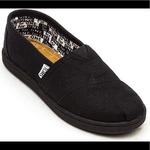 Black Canvas Classic Youth Kids flat Toms